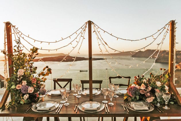 El Viento Santorini Wedding Venue setting sunset lighting