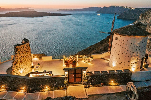 El Viento Santorini Wedding Venue setting sunset