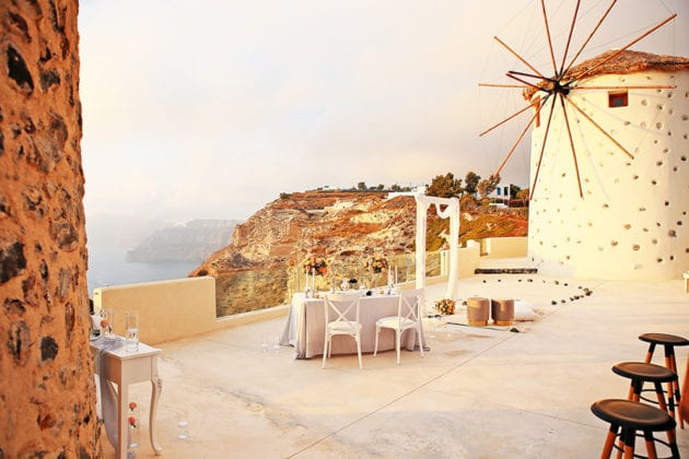 El Viento Santorini Wedding Venue scenery