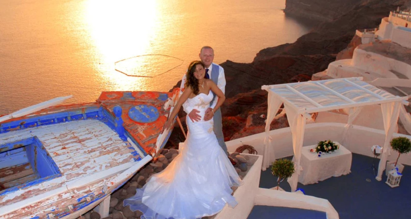 Romantic Memories Santorini Wedding Package