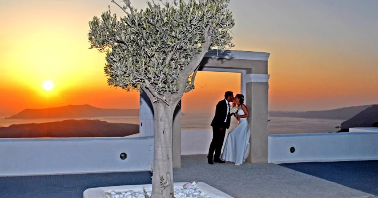 Sunset Dreams Santorini Wedding Package