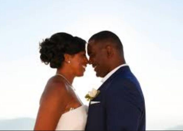 Santorini Wedding Bridal Hair Style l1
