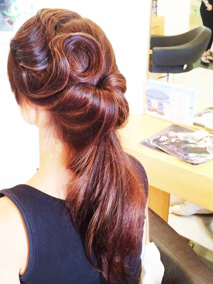 Santorini Wedding Bridal Hair Style 4